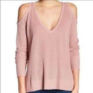 14th & Union Cold Shoulder Ribbed Sweater